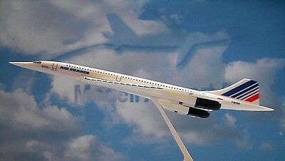 Herpa Wings 1:250 SNAP FIT Concorde Air France F-BTSD  605816