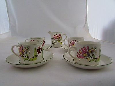 """Wade """"meadowland"""" Pattern Cups & Saucers"""