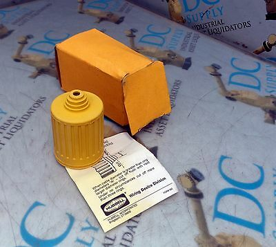 Hubbell Turn Lock Yellow Seal Tite Cover Nib