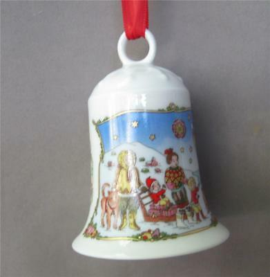 Hutschenreuther 2000 Christmas Porcelain Bell Ornament Thule Germany