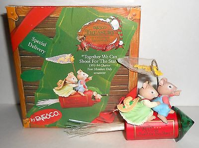 Enesco TOGETHER WE CAN SHOOT FOR THE STARS Mice 1993 Christmas Ornament TR931
