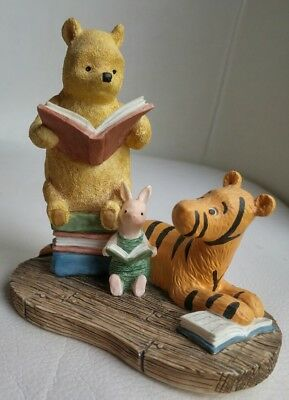 """Disney Winnie The Pooh Classic Pooh Figurine A0065 Pooh Reading. Approx. 4.5"""""""