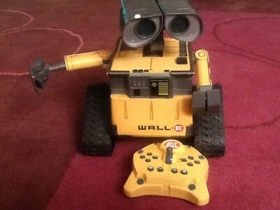 Disney Pixar Walle U command Infrared Remote Control Robot. Remote does not work