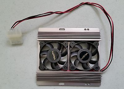Hard drive cooling fan assembly, with two fans, standard Molex power adapter