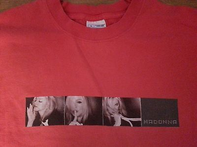 Madonna  Drowned World Tour 2001 T Shirt  L From Philadelphia Concert Good Cond