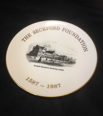Rare commemorative Plate The Seckford Foundation Woodbridge Suffolk Goss China