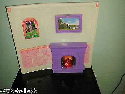 BARBIE/SINDY SIZE FURNITURE FRONT ROOM WALL  by GEOFFREY INC from 1980's