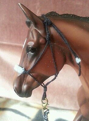traditional breyer rope halter and lead rope
