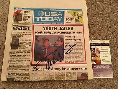 MICHAEL J FOX SIGNED BTTF NEWSPAPER JSA PROOF AUTOGRAPH BACK TO THE FUTURE USA b