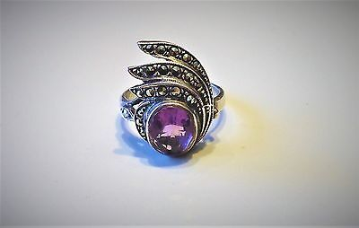 Beautiful VINTAGE ART DECO STERLING SILVER AMETHYST MARCASITES RING size 5 3/4