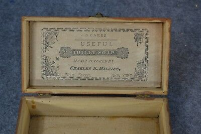 soap box wooden mauchline Tollnertoilet soap cakes Higgins NY antique 1890