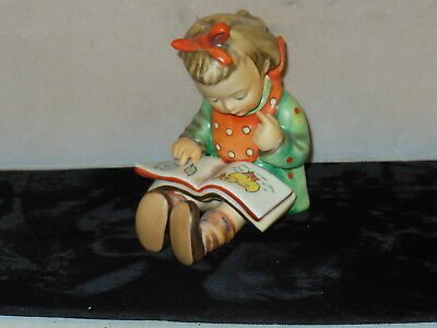 Hummel Goebel Figure  Girl Reading Book   Book Worm    Made In West Germany