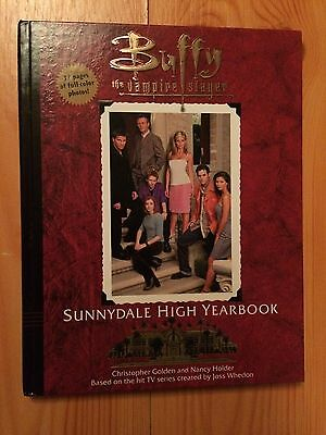 Buffy the Vampire Slayer - Sunnydale High Yearbook