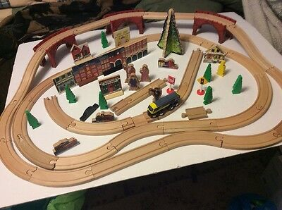 Rare The Polar Express Wooden Train set- Imaginarium Lionel Incomplete