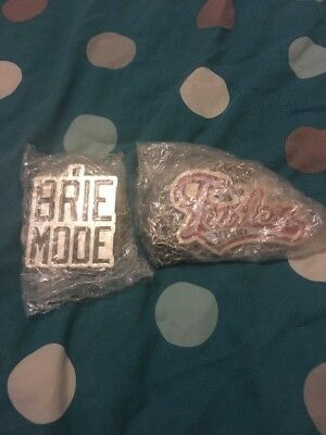 WWE Nikki And Brie Bella Pendants Brand New And Sealed
