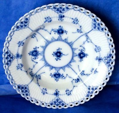 "Royal Copenhagen Porcelain FULL LACE 6"" Reticulated Edge Bowl 1930-40s"