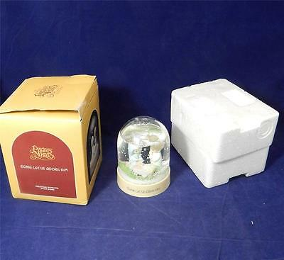 1986 Precious Moments Come Let Us Adore Him Snow Dome 551694 Nativity Globe