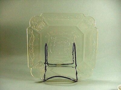 Indiana Depression Glass: Yellow Lorain Basket Pattern, 7 Luncheon Plates 8-3/4""