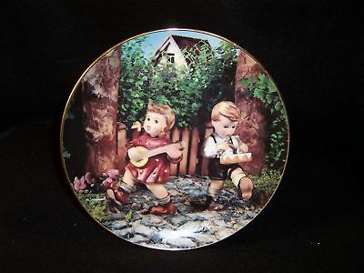 "Hummel 'Private Parade' 8"" collector plate"