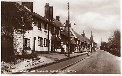 COLD HARBOUR AND THATCHED COTTAGES WENDOVER ( Postally Used )