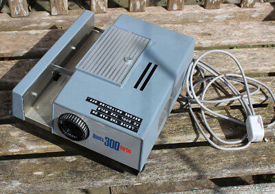 Boots 300 Turbo 35mm Slide Projector