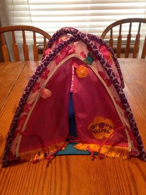 Manhattan Toy Groovy Girl Totally Tentastic Play Camp Tent
