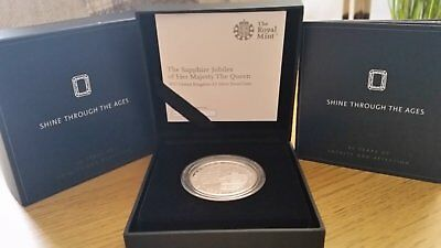 Royal Mint - The Queens Sapphire Jubilee 2017 UK £5 Silver Proof Coin