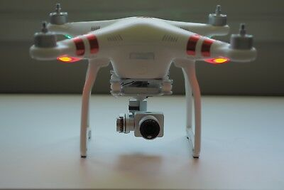 DJI Phantom 3 Standard Drone w/Extra battery - Like New