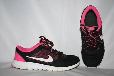 Nike Flex 2015 Run Girls Sneakers Size 1 Y Youth Pink, Black White Tennis Shoes