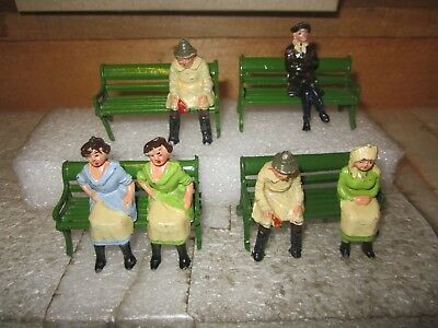 vintage lesd toys 4 green benches & 6 seated figures