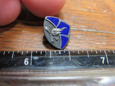 Boy Scouts BSA or Girl Scouts of America GSA camp Fire  Pin Fraternal  (17j1)