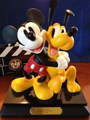 Disney Official Disneyana Convention-Signed Sculpture -1998-Society Dog Show1939