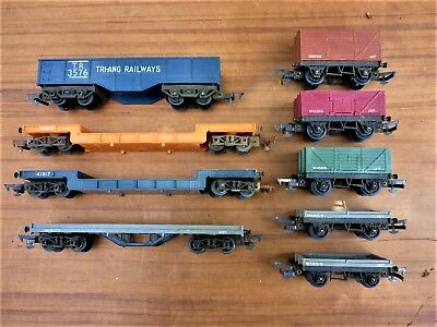 Assorted Vintage Triang Model Train Wagons And Carriers