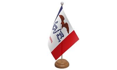 Iowa USA American Table Flag with Wooden Stand