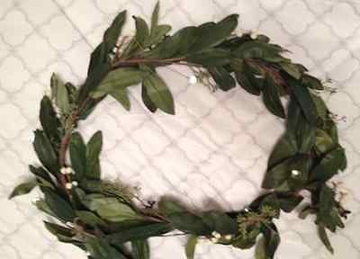 POTTERY BARN Holiday Christmas Bay Leaf Crystal Berry Garland