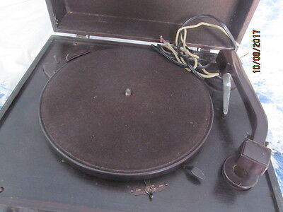 Early Electric Colombia Record Player Bakelite Arm Original Casement Nice Item