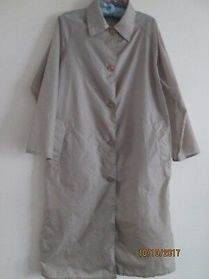 Vintage Ladies Nylon Mac-Raincoat