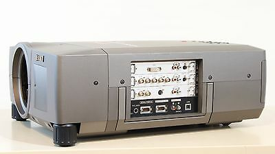 EIKI LC-W4 4700 LUMEN 1366x768 HD LCD PORTABLE VENUE PROJECTOR - NEW OEM LAMPS!!