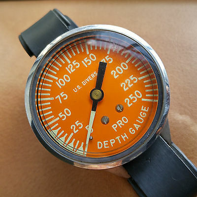 Massive One-Owner Aqua-Lung U.S. Divers Pro Depth Gauge in Near Mint Condition