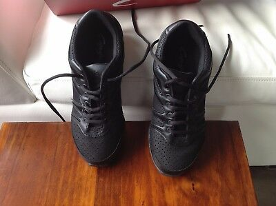 Dance Shoe Capezio Bolt Dansneaker DS30 Black