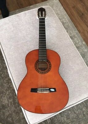 CG160 Valencia classical Guitar. Vgc. Full Sized 4/4