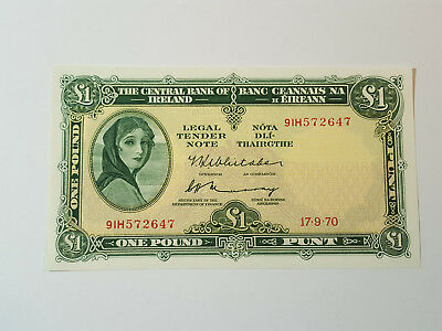Central Bank of Ireland Lady Lavery £1 Banknote - 17.9.70 - 91H572647 P64b Aunc