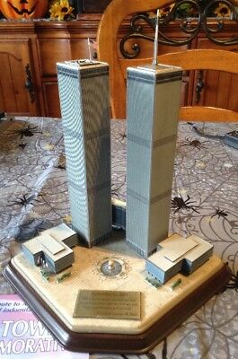 Danbury Mint World Trade Center Twin Towers Commemorative Sculpture
