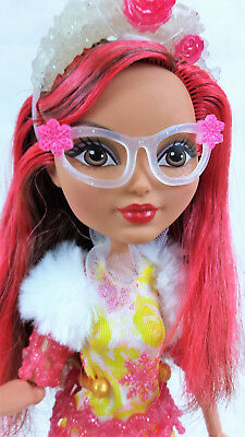 Ever After High Rosabella Beauty Epic Winter. VGC.+ Stand +Fairytail