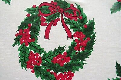 Large VERA NEUMANN Christmas Tablecloth - Red Green Wreaths Holly Berries 80x56