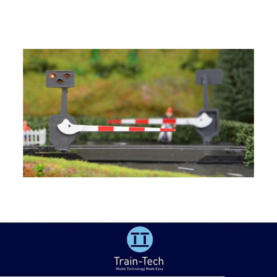 Train-Tech LC10 Level Crossing Barrier Set with Light & Sound (Single) OO Gauge