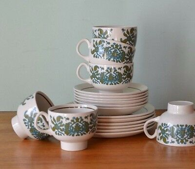 Vintage Ridgway Ironstone Martinique tea cups & saucers mid century