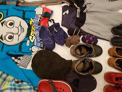 boys clothes & shoes bundle 3-4 year old   Size 8 / 9