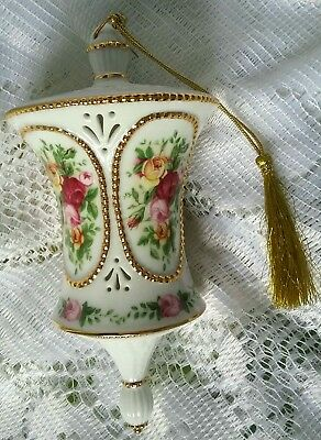 Lovely 2003 Royal Albert Collectable Old Country Roses Christmas  Drum Ornament