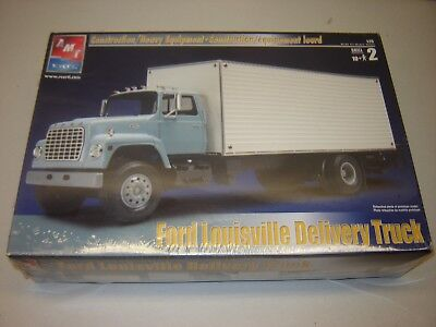 AMT 31941 FORD LOUISVILLE DELIVERY TRUCK 1/25 Model Kit Sealed